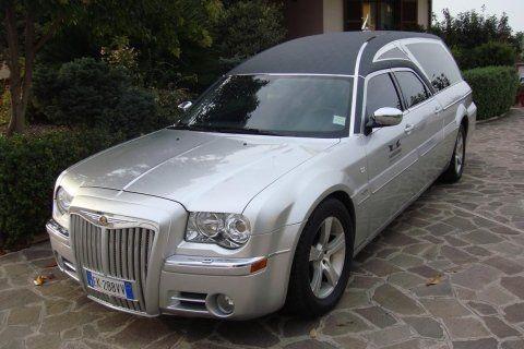 Cadillac per servizi funebri