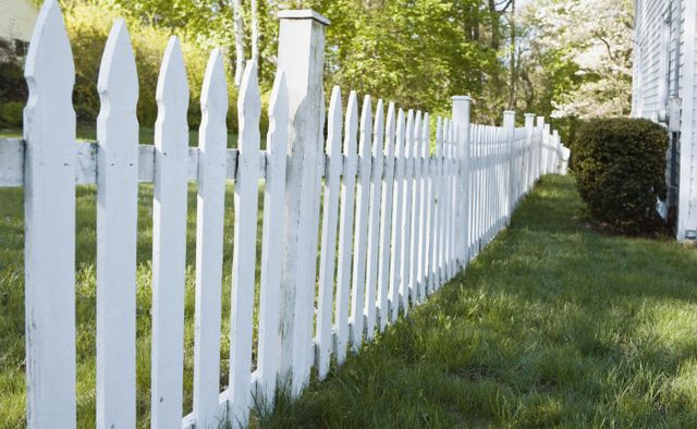 White picket fence installation in Hawkes Bay