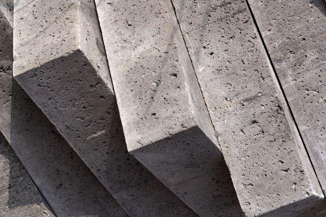 Concrete blocks to cut