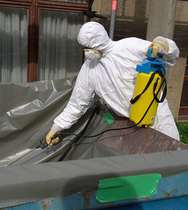 Experts can identify asbestos safely in Tauranga