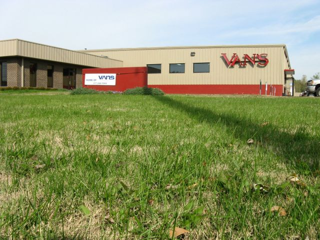 354f916ed9d9a7 Electrical Systems — Automotive Warehouse with Green Grass in Indianapolis