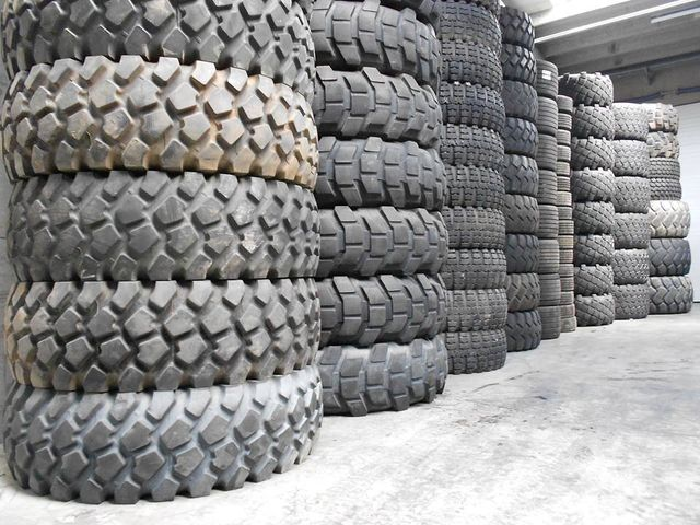 tyres of different sizes