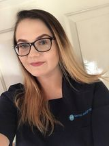 student dental nurse chloe bullard