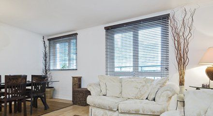 Horizontal blinds in a living room