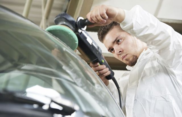 car glass replacement by glass scratch repair expert in Lincoln. NE