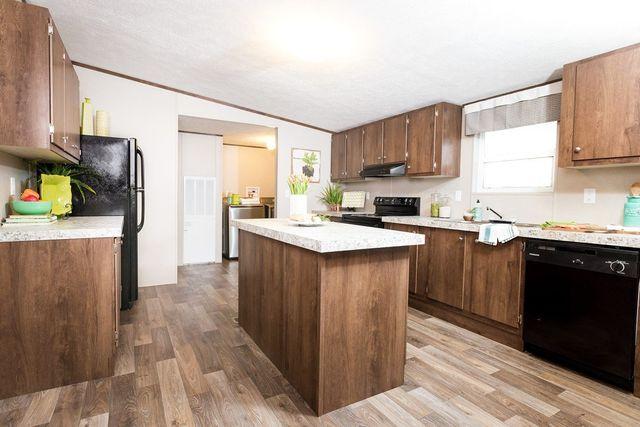 Tru Display Home Sale Price $59,990 #21 56x28 Tru Ready To Go Lot Model  $54,900