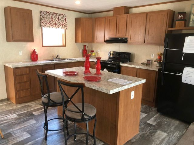 New Display Homes on spring valley mobile homes, live oak mobile homes, windsor mobile homes, fairmont mobile homes,
