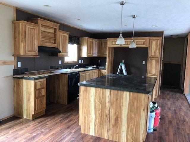 Used Homes List on 2001 clayton double wide home, 2001 fleetwood double wide home, redman new moon manufactured home, 2001 single wide mobile home, triple double wide mobile home,