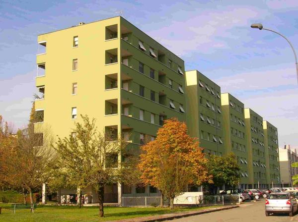 un condominio verde