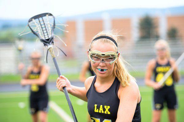 female lacrosse player