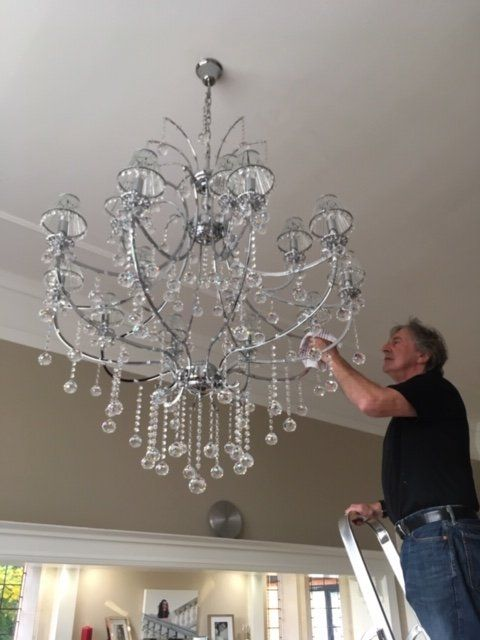 Specialist Chandelier Cleaning, Cleaning A Chandelier