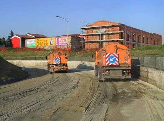 autospazzatrici, pulizia stradale, pulizie aree industriali