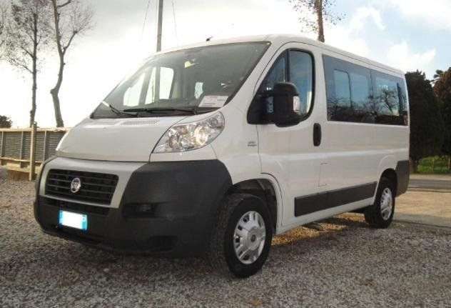 furgone fiat ducato bianco