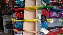 skateboard colorati per bambini