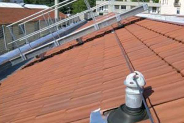 Operazioni su un tetto a Savona