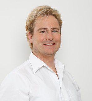 Dr. Oliver Radl, Zahnarzt in Bad Wörishofen Ästhetische Zahnheilkunde mit Bleaching, Veneers, weißen Zahnfüllungen und mehr