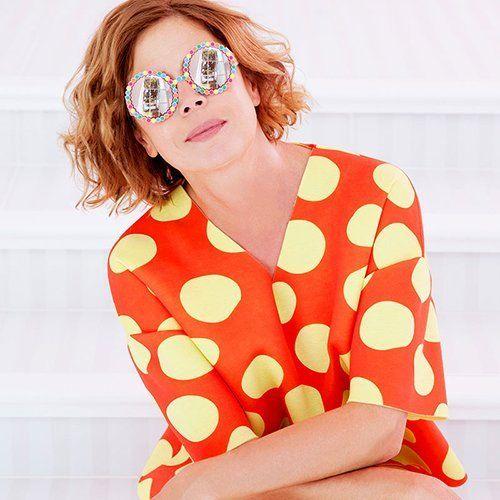 Giovane donna con gli occhiali a Mogliano
