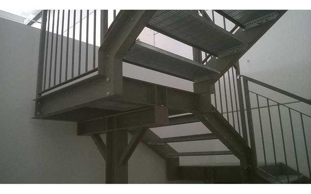 scalinate in acciaio