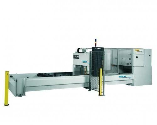 macchina taglio laser