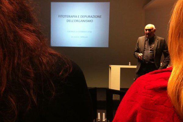 Conferenza sulla fitoterapia