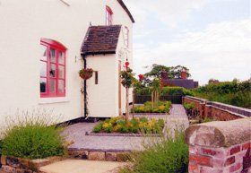 Landscaping services - Derbyshire, Staffordshire, UK - Ashbourne Landscapes - Truf laying
