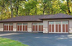 Raynor Rock Creeke Classic Garage Doors