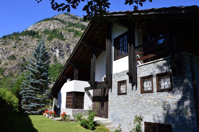 Villa in vendita a La Saxe
