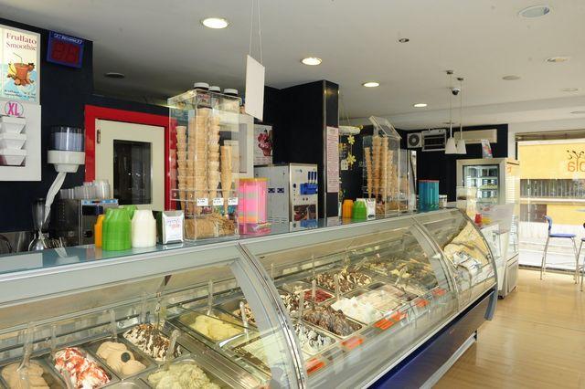 interno della gelateria