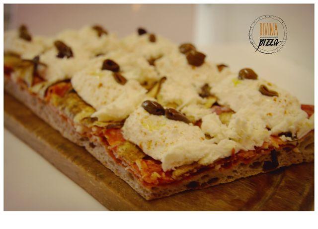 Focaccia ripiena di Divina Pizza a Firenze