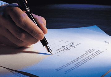 Immigration solicitors - Birmingham, West Midlands - Syeds Law Office Solicitors - Hand Pen and Paper