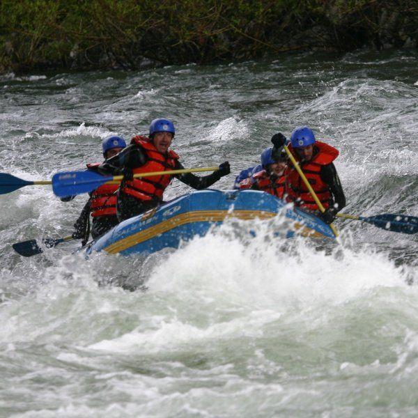 Rafting. Súmmum Fábrica de Experiencias