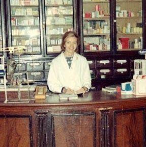 Storia Farmacia Romano