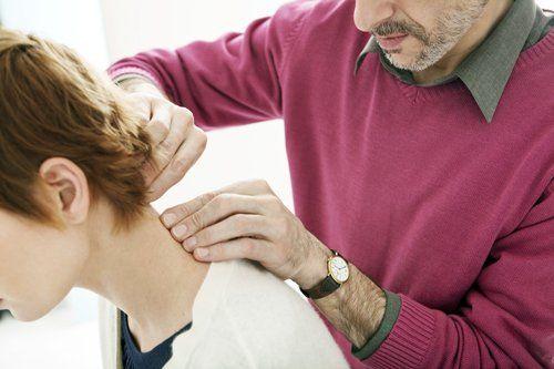 esame per la cura dei dolori reumatici-articolari