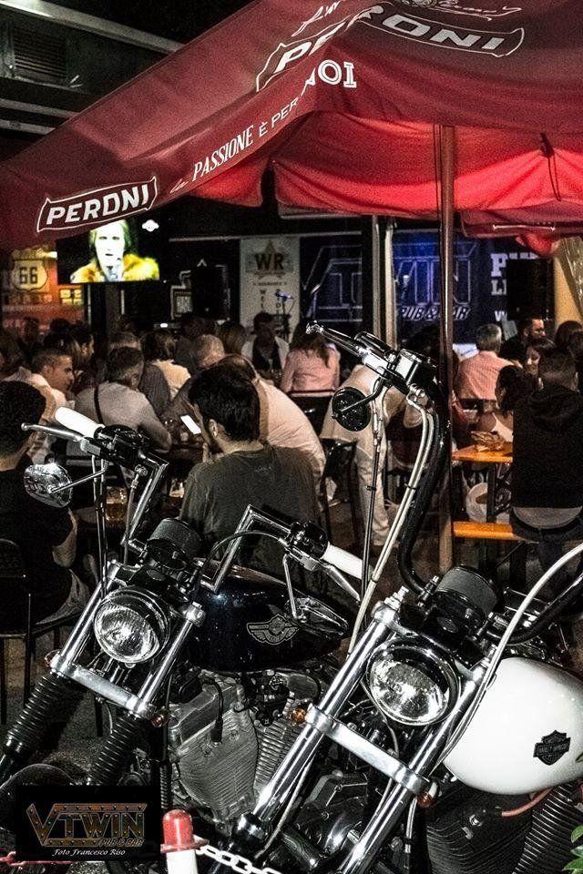 tendone con bikers