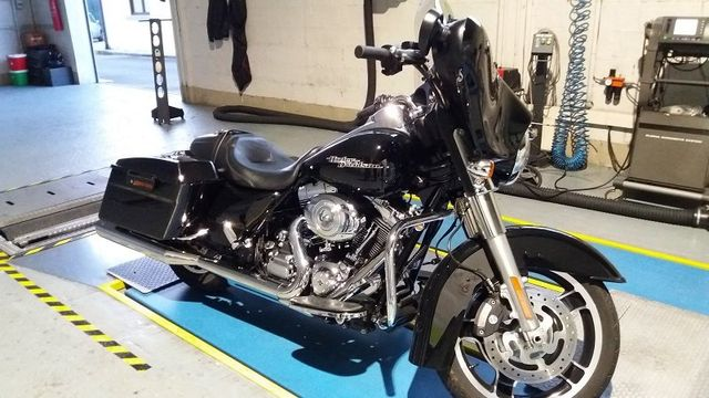 una Harley Davidson nera