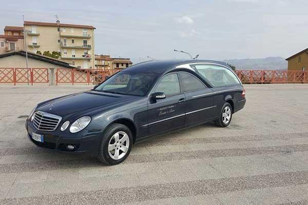 Carro per cerimonie funebri ad Agrigento e provincie limitrofe