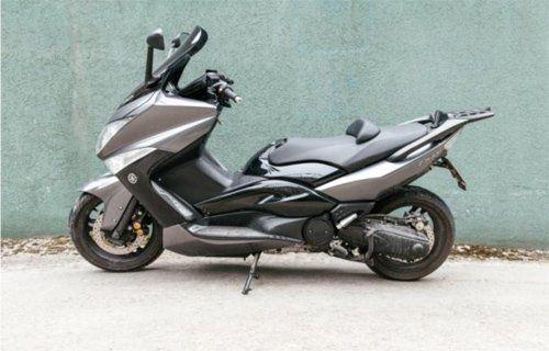 moto-YAHAMA T MAX 500CC A2 AUTOMATICO
