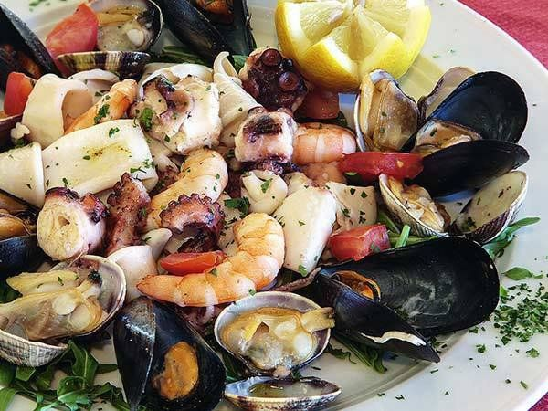 Macedonie di frutti di mare