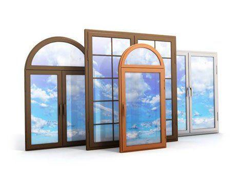 Diversi tipi di finestre: classiche quadrate,doppio foglio,un foglio