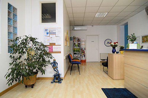 sala di attesa centro fisiterapico