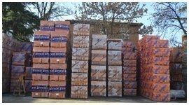 mattoni e materiali edili imballati