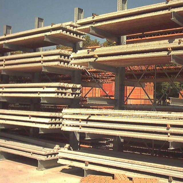 Materiali per edilizia all'Edilizia Tarenzi Giuseppe a Castiglione D'Adda