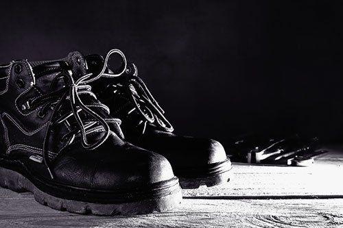 delle scarpe antinfortunistiche