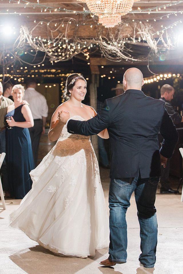 Weddings Gallery   San Antonio Wedding Venue   Romantic Dining   Oak ...