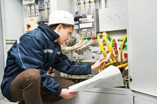 impianti elettrici, impianti elettrici civili, impianti elettrici industriali,