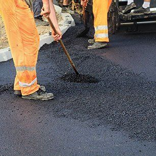Asphalt and tarmac driveways