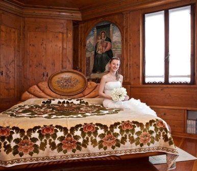 mobili in legno massiccio, tastiera lavorata a mano, mobili in ciliegio