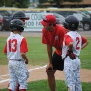 How to coach kids in baseball