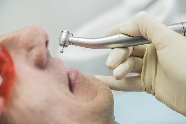 l'ispezione del primo piano dentale concetto di cura stomatologia
