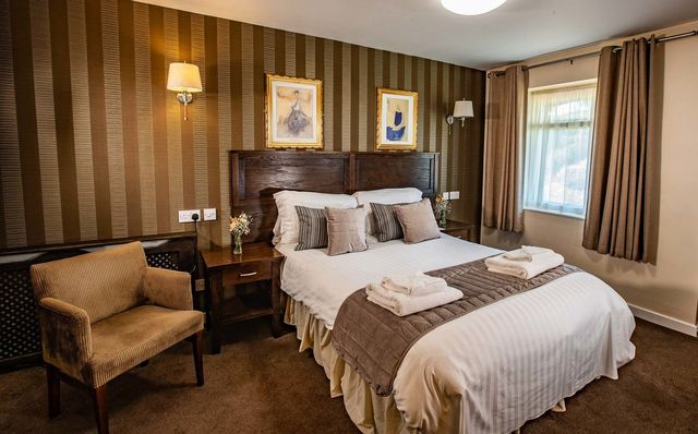 York Restaurant Country Inn and B&B | Red Lion Hotel